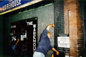 Figura 4 La House Music deve il suo nome al The WareHouse un leggendario night club di Chicago